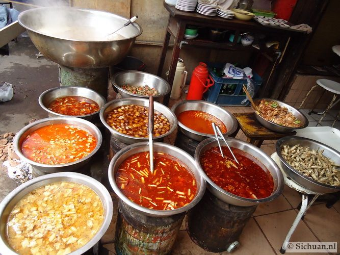 http://si-chuan.nl/wp-content/uploads/Eten/05-diverse-ingredienten-.jpg