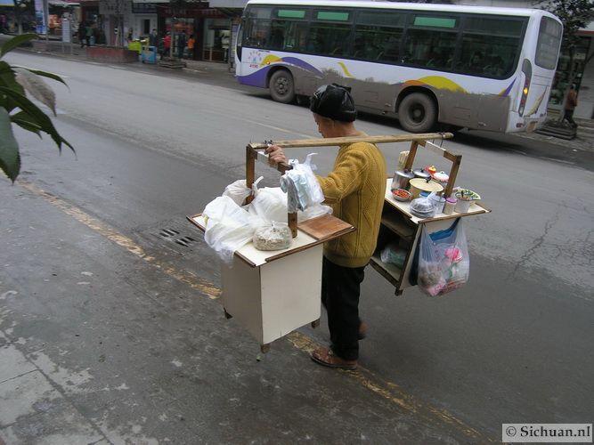 http://si-chuan.nl/wp-content/uploads/Sfeer-uit-Sichuan/07-lopende-keuken-.jpg