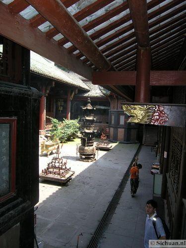 http://si-chuan.nl/wp-content/uploads/Sfeer-uit-Sichuan/18-sfeerbeeld-uit-sichuan-3-.jpg