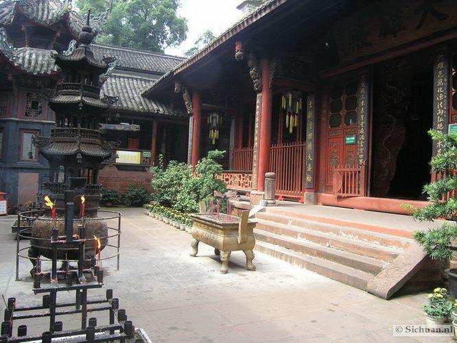 http://si-chuan.nl/wp-content/uploads/Sfeer-uit-Sichuan/32-sfeerbeeld-uit-sichuan-14-.jpg