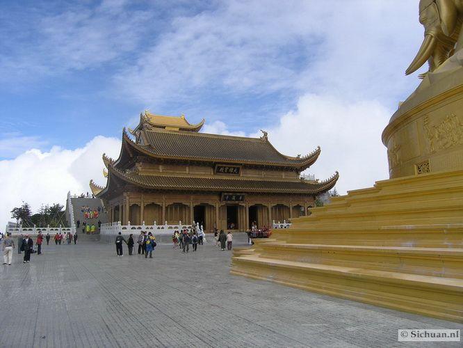 http://si-chuan.nl/wp-content/uploads/Sfeer-uit-Sichuan/33-sfeerbeeld-uit-sichuan-16-.jpg