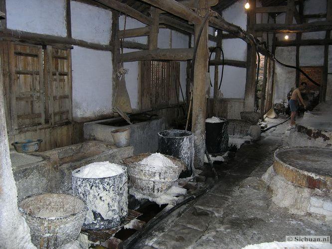 http://si-chuan.nl/wp-content/uploads/Sfeer-uit-Sichuan/40-sfeerbeeld-uit-sichuan-8-.jpg
